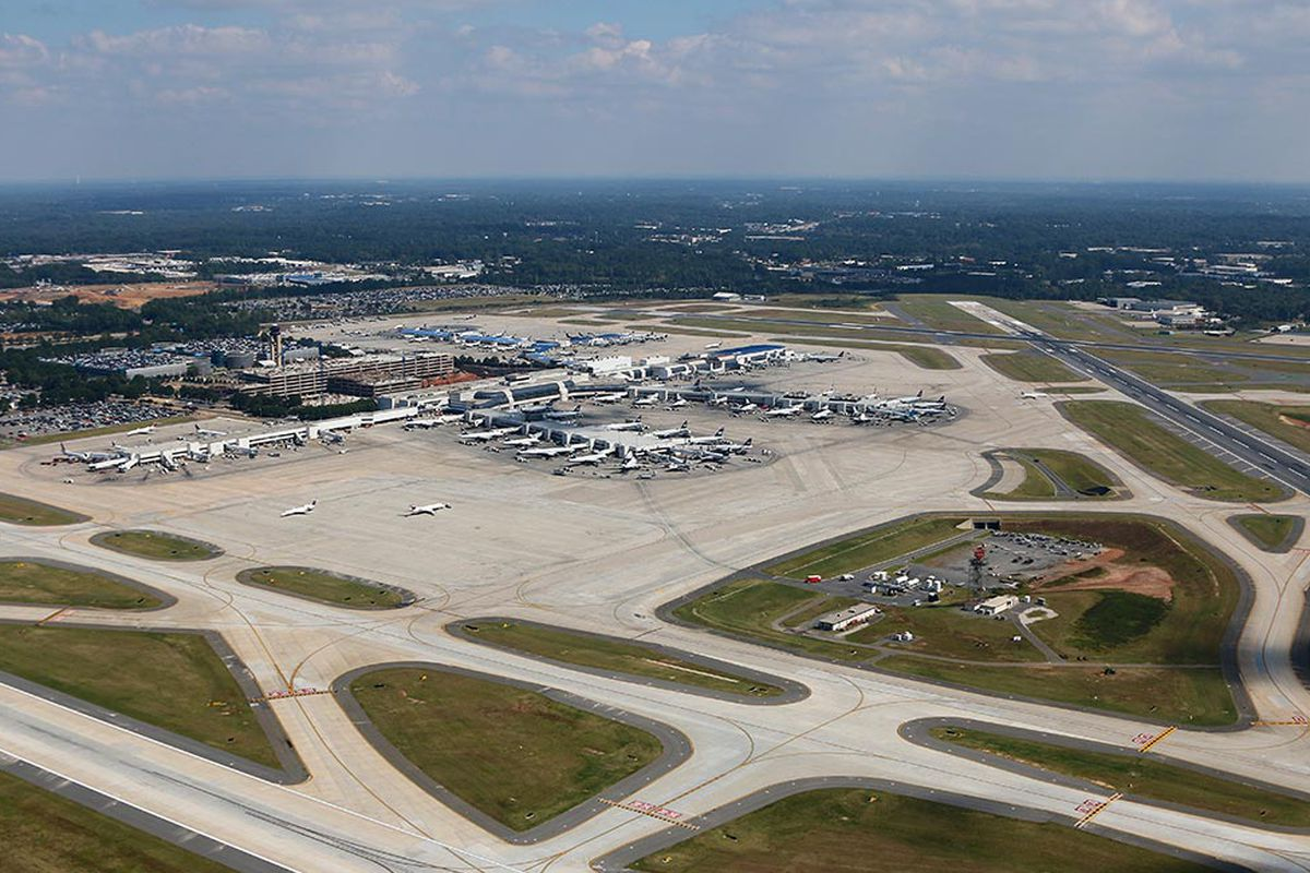 Where To Eat At Charlotte Douglas International Airport