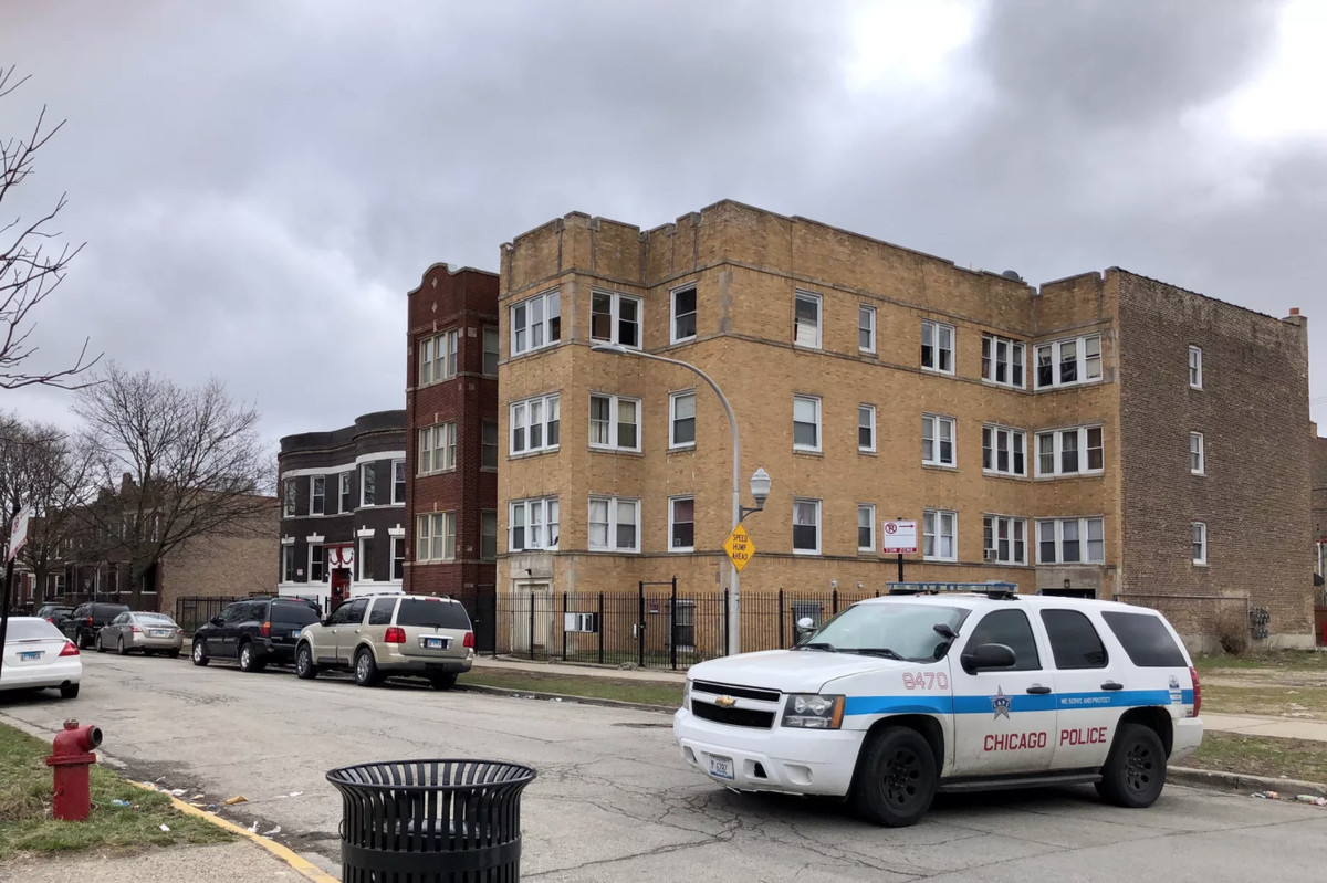 A Chicago police SUV guards the entrance to the 3900 block of West Van Buren Street,