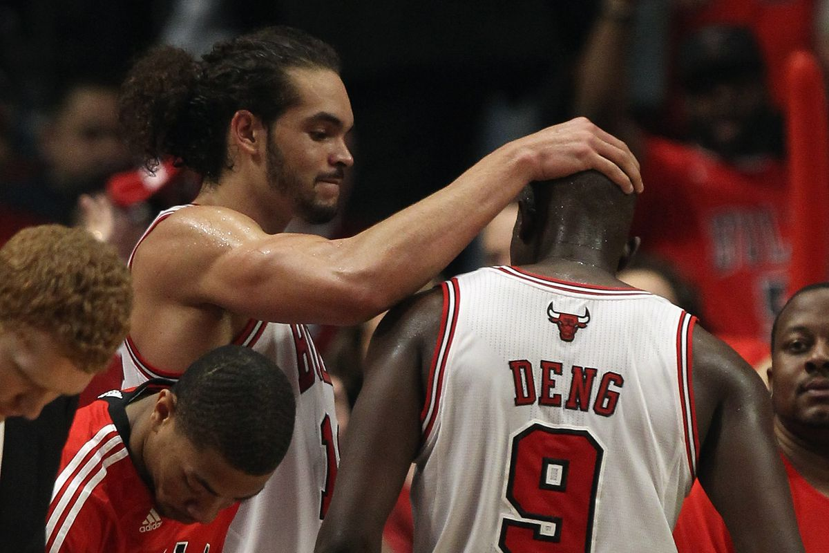 Luol Deng to retire from NBA after signing ceremonial contract with Bulls