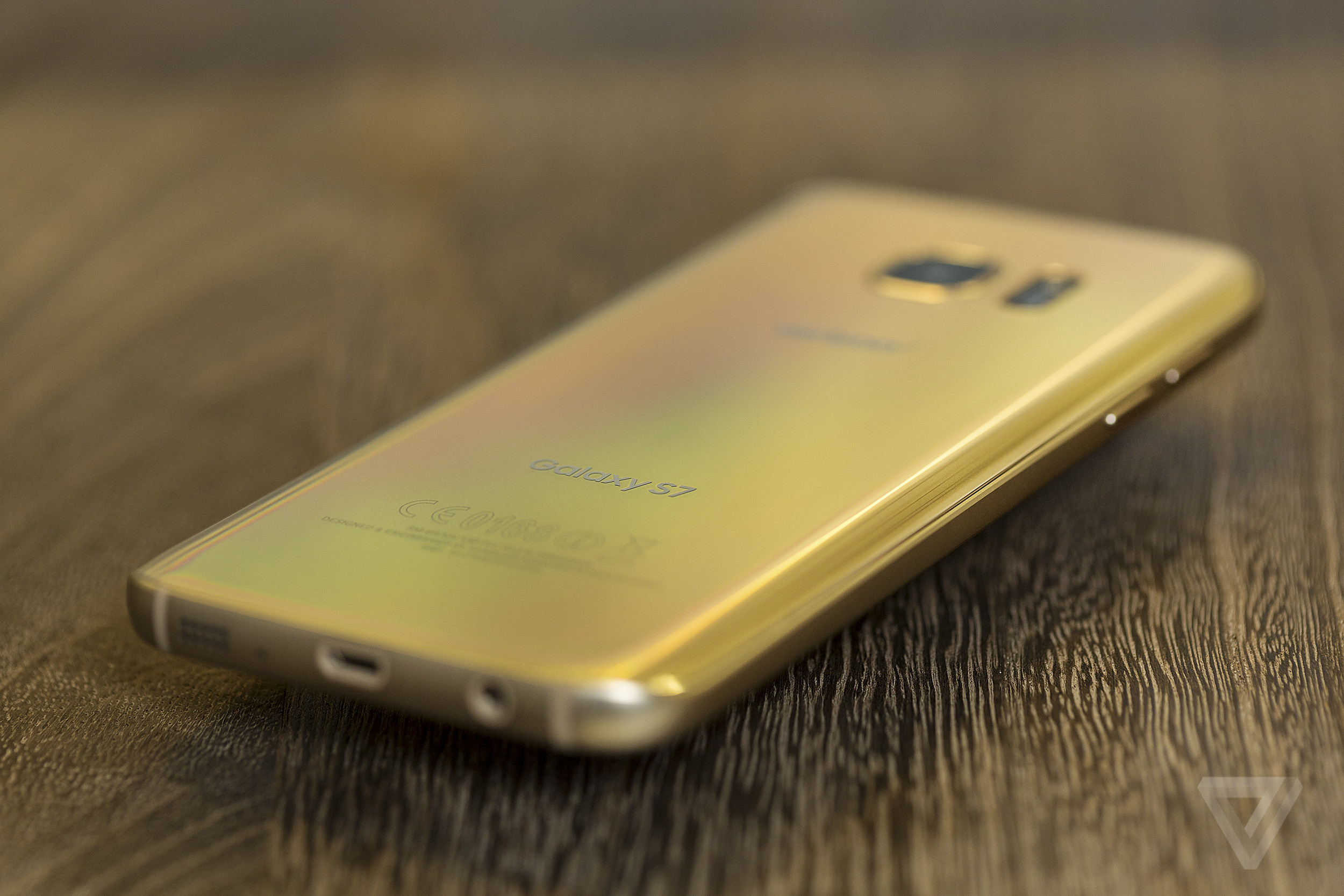 Samsung Galaxy S7 And Edge In Pictures