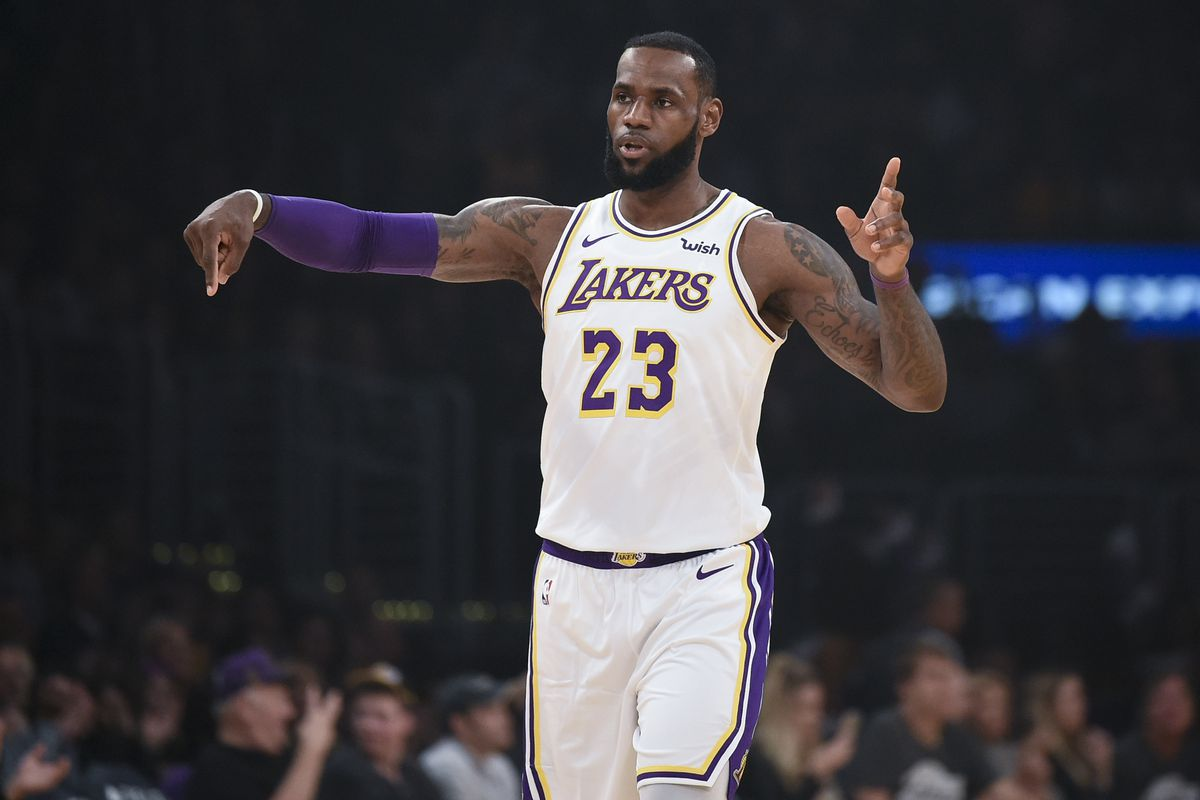 on sale d09e7 64f70 Preview: Warriors host LeBron James, L.A. Lakers on ...