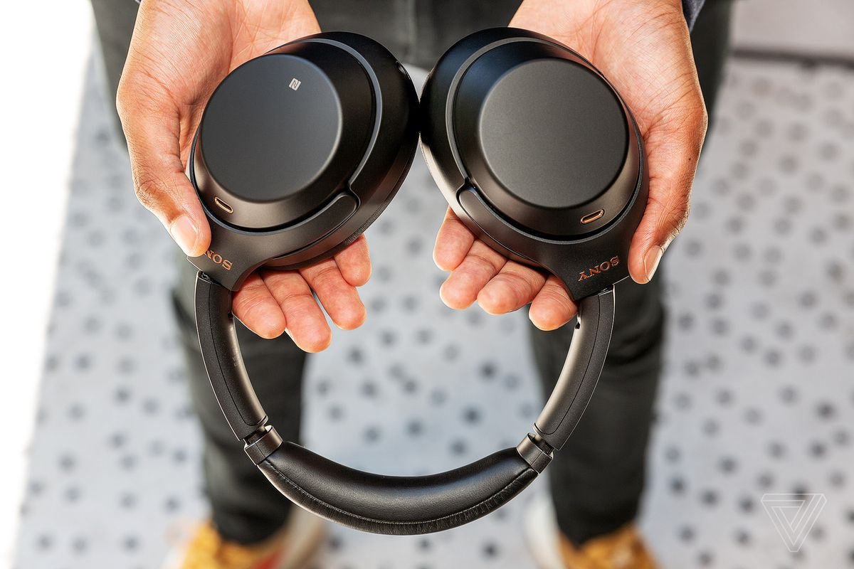 Sony's 1000X M3 noise-canceling headphones have an improved