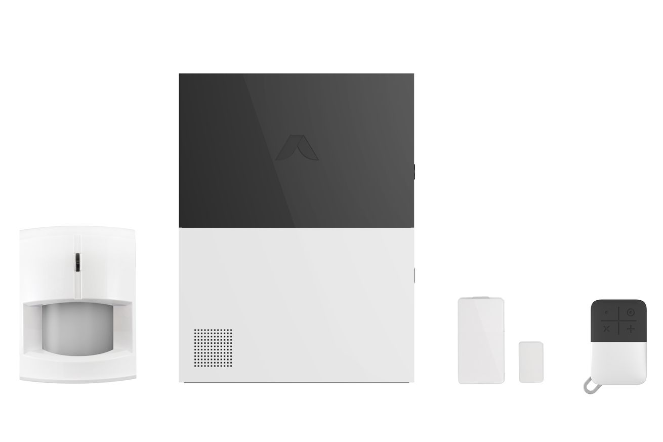 emAbode motion sensor, gateway, door/window sensor, and key fob (pictured left to right)./em