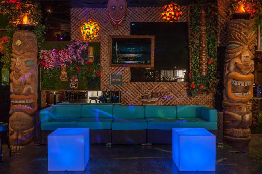 the hookup bar palm springs