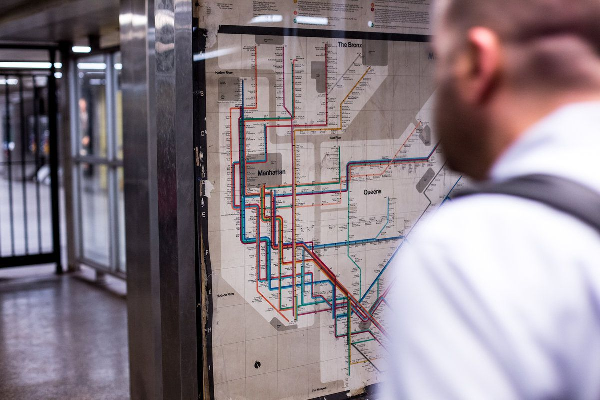 Massimo Vignelli 1972 Nyc Subway Map.Massimo Vignelli Nyc Transit Map Uncovered In A Midtown Subway