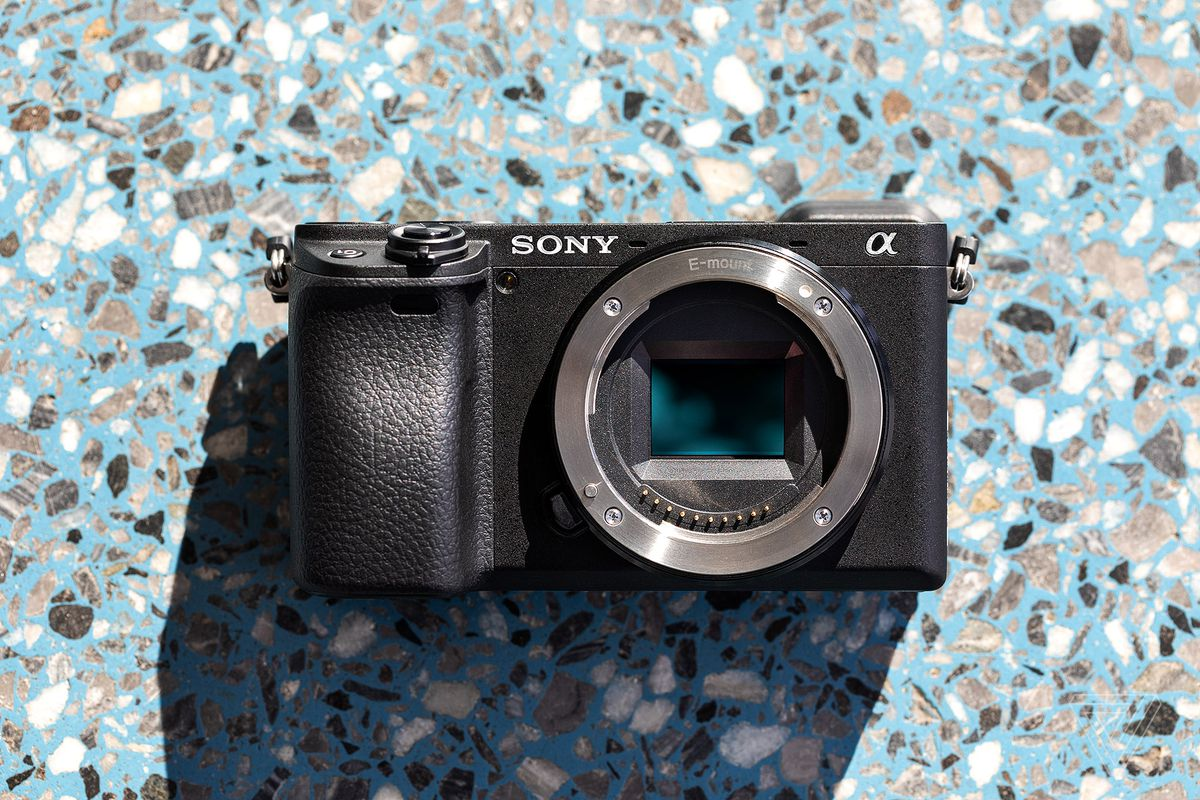Sony a6400 review: a good camera held back by an aging