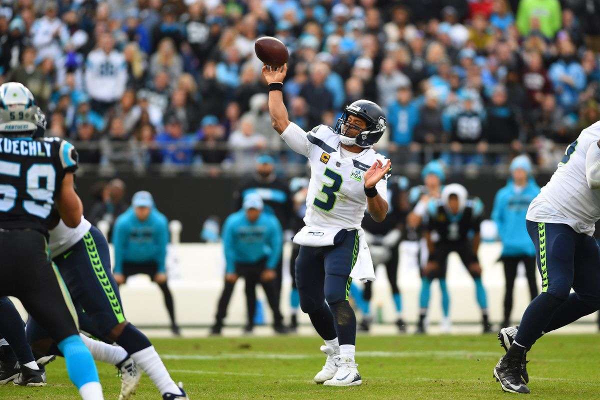 Seahawks' Russell Wilson elevates to Tier 1 QB in survey of NFL coaches and executives