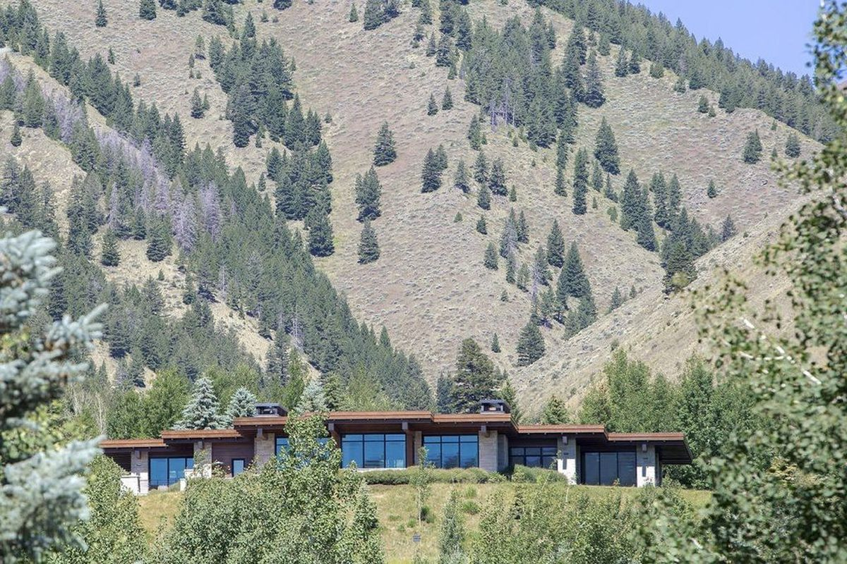 Fab modern house in idaho offers mountain luxury for 5 8m