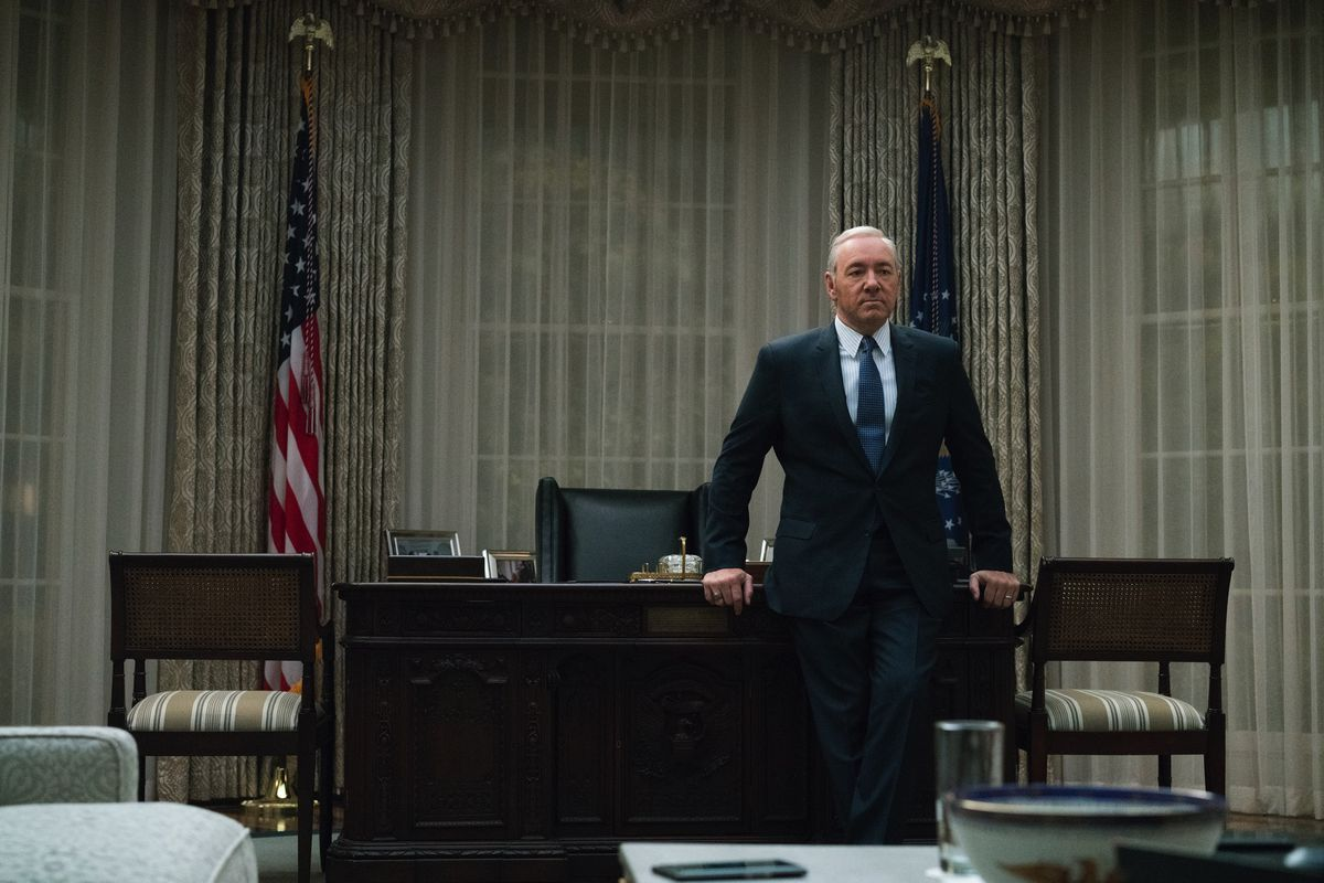 Netflix Fires Kevin Spacey From House Of Cards The Verge