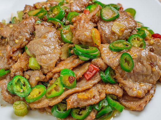 Sliced beef with green pepper at Chengdu Taste
