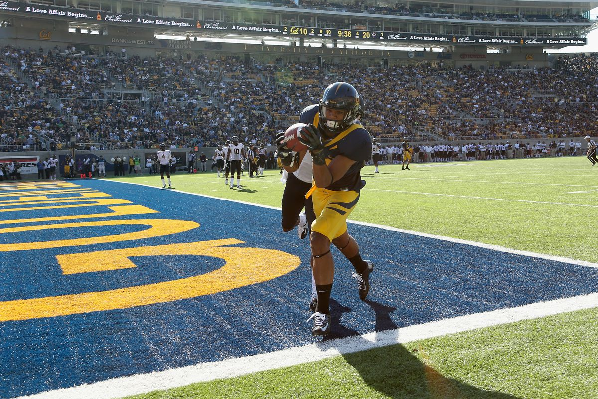 BERKELEY, CA - SEPTEMBER 29: Keenan Allen #21 of the California Golden Bears catches a touchdown pass while defended by Deveron Carr #1 of the Arizona State Sun Devils at California Memorial Stadium on September 29, 2012 in Berkeley, California.