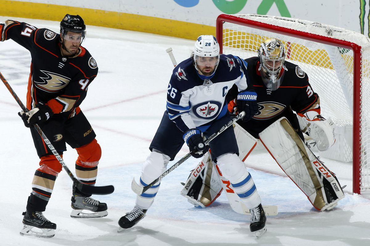 Winnipeg Jets v Anaheim Ducks