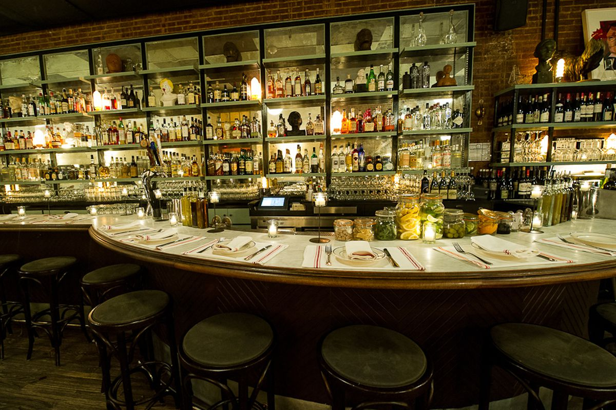 [The bar at Acme, a fine place for drinks or dinner this evening.]