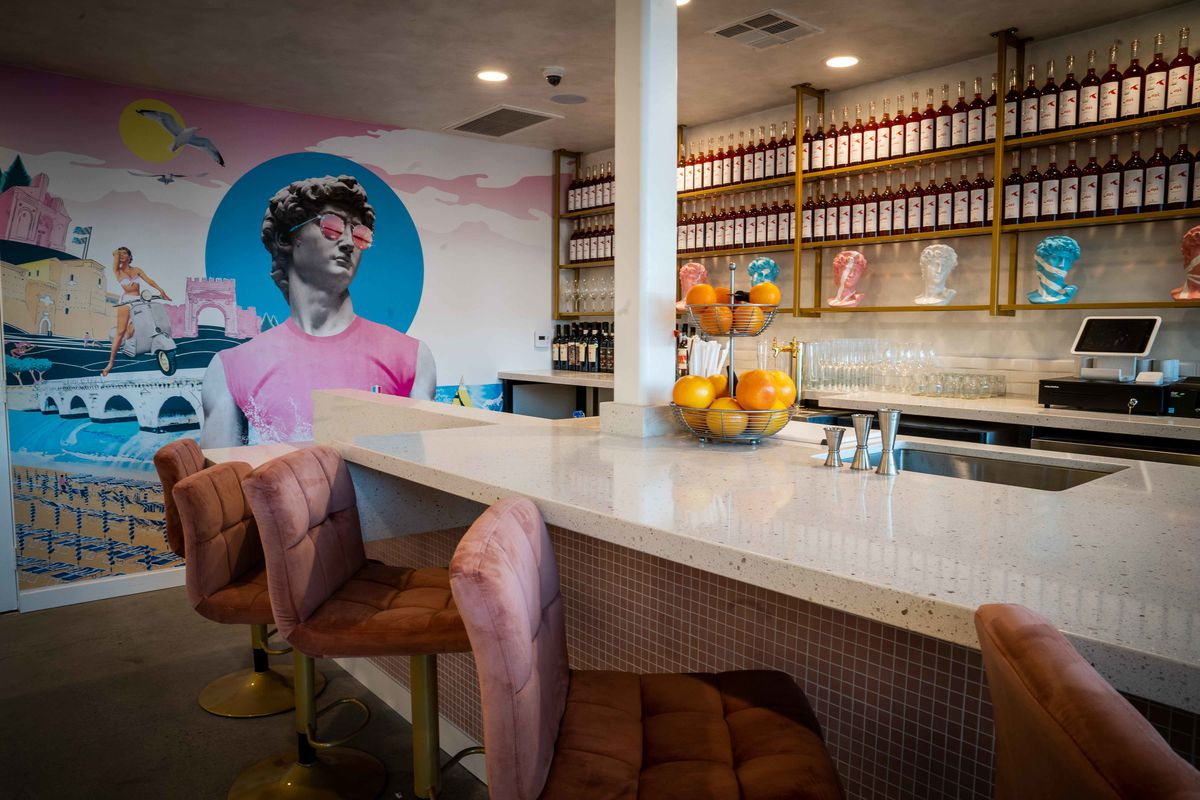 The cocktail bar at Ciao Ciao Piadina in La Jolla