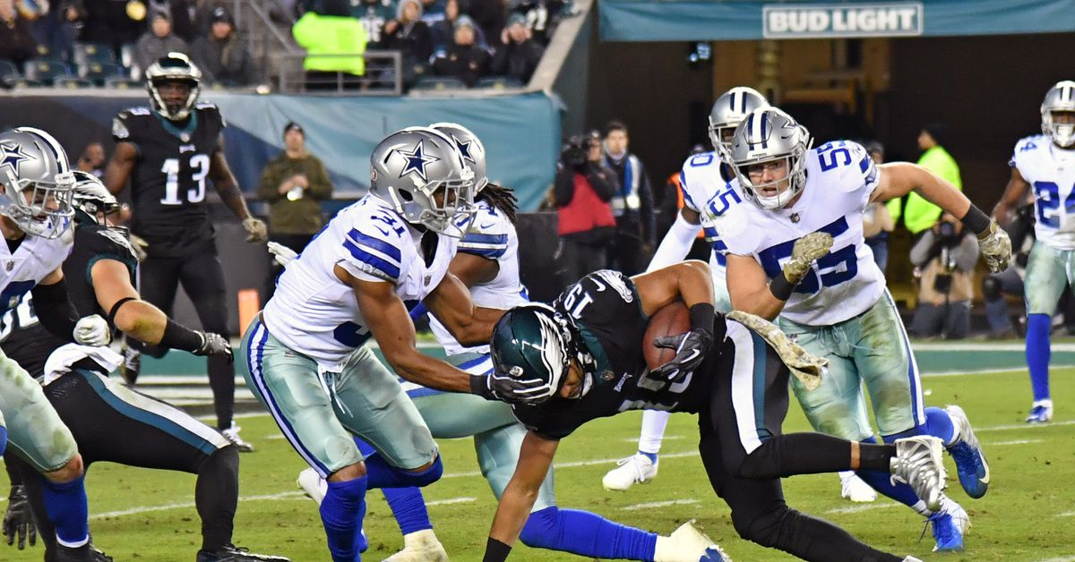 """Cowboys vs. Eagles: Golden Tate """"was looking like a square peg in the round hole"""""""