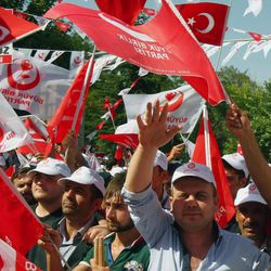 """Thousands of Turks demonstrate to condemn terrorism and Kurdish rebels in Ankara, Turkey, Sunday, Sept. 2, 2012. Mostly nationalist Turks shouted: """"We don't want The PKK (Kurdistan Workers Party) at the parliament."""" (AP Photo)"""
