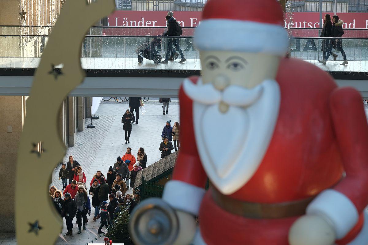 Final Week Of Christmas Shopping