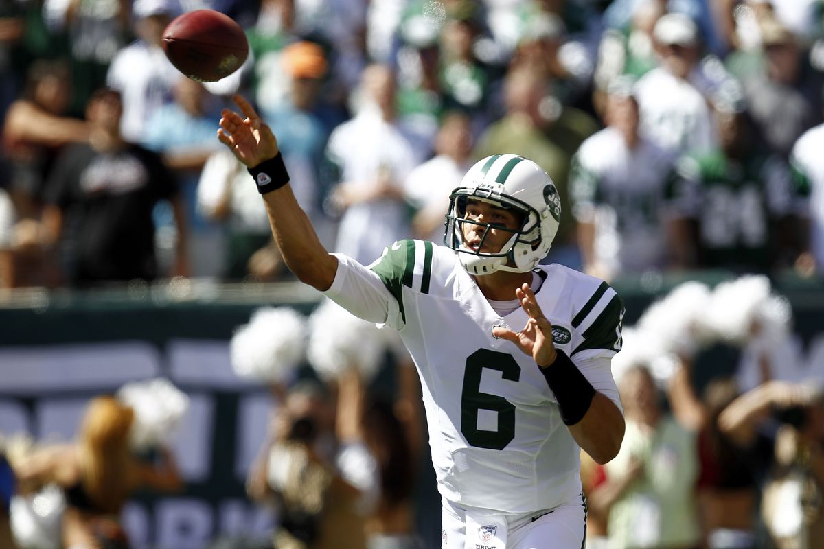 EAST RUTHERFORD, NJ - SEPTEMBER 09:  Mark Sanchez #6 of the New York Jets passes during the season opener against the Buffalo Bills  at MetLife Stadium on September 9, 2012 in East Rutherford, New Jersey.  (Photo by Jeff Zelevansky/Getty Images)