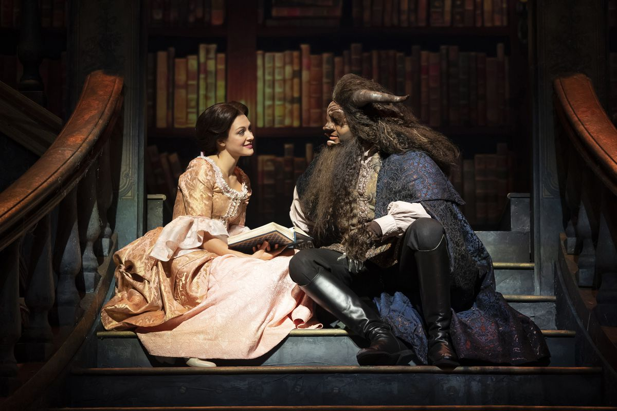 Paramount Theatre S Beauty And The Beast Oozes Enchantment In Dazzling Production Chicago Sun Times