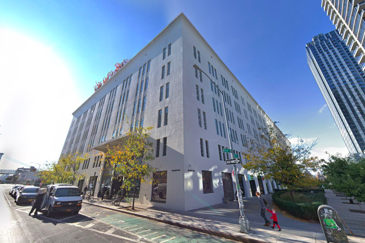 Kushner Companies hit with $10M lawsuit over Williamsburg