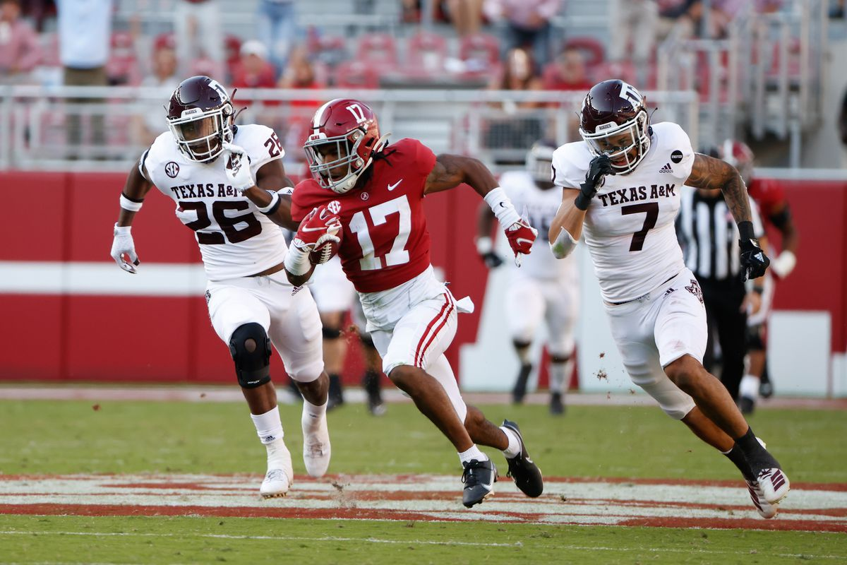 NFL Draft round table: Making the case — Jaylen Waddle vs. Rondale Moore -  Big Blue View