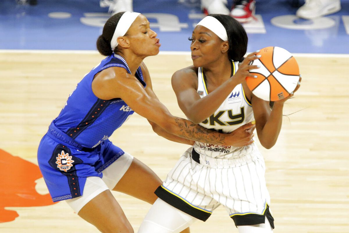 The Sky's Dana Evans was named to the WNBA All-Rookie team.