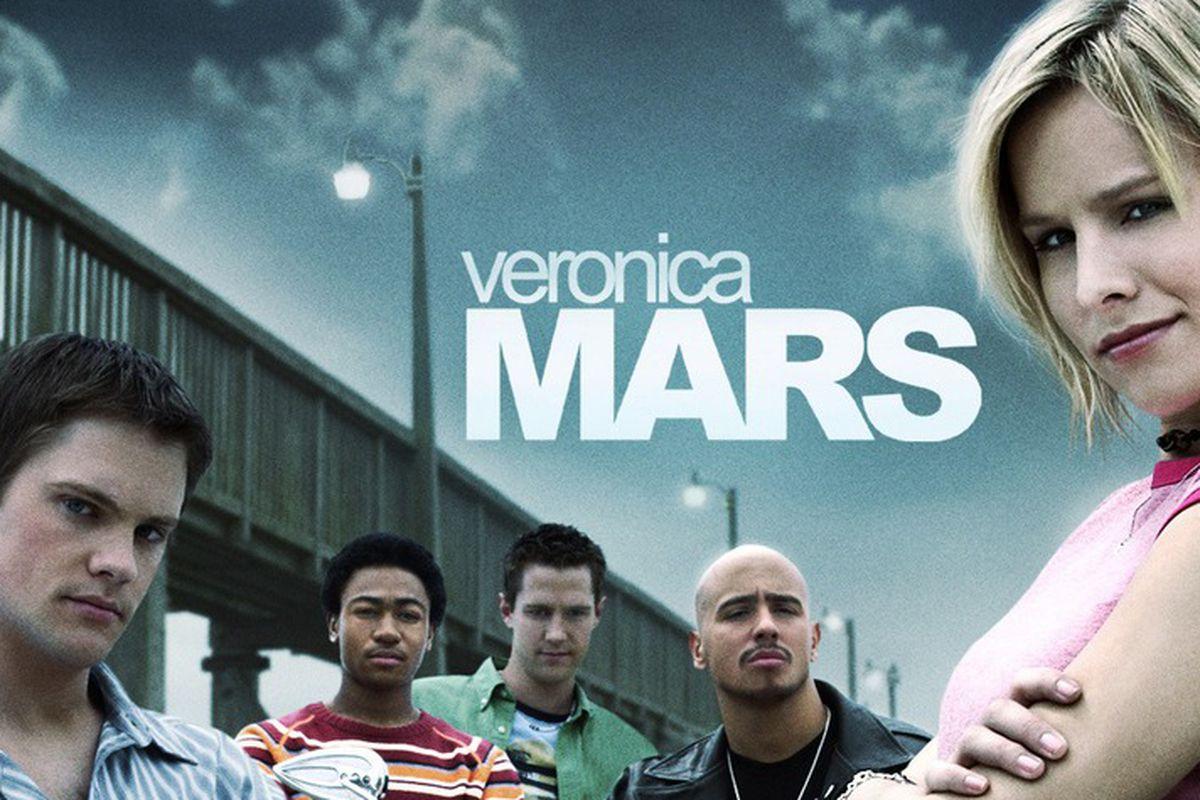 "A classic Veronica Mars look. Image <a href=""http://mashable.com/2014/01/09/veronica-mars-amazon-prime/"">via</a>."