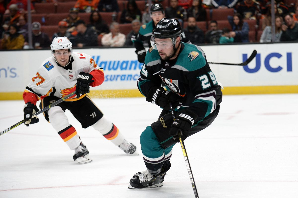 Ducks vs Flames PREVIEW: Only You Can Prevent Forest Fires