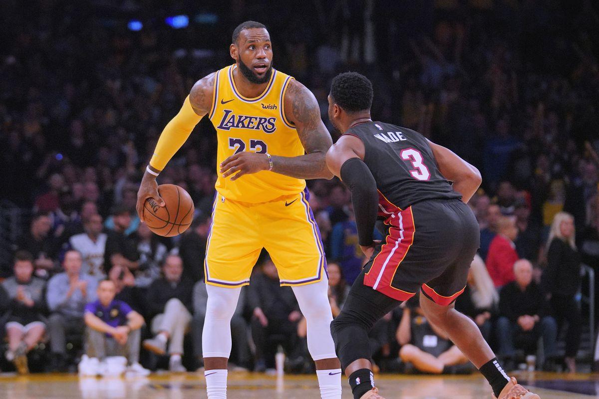 LeBron James invites Dwyane Wade to workout with Lakers cbf9e16e0