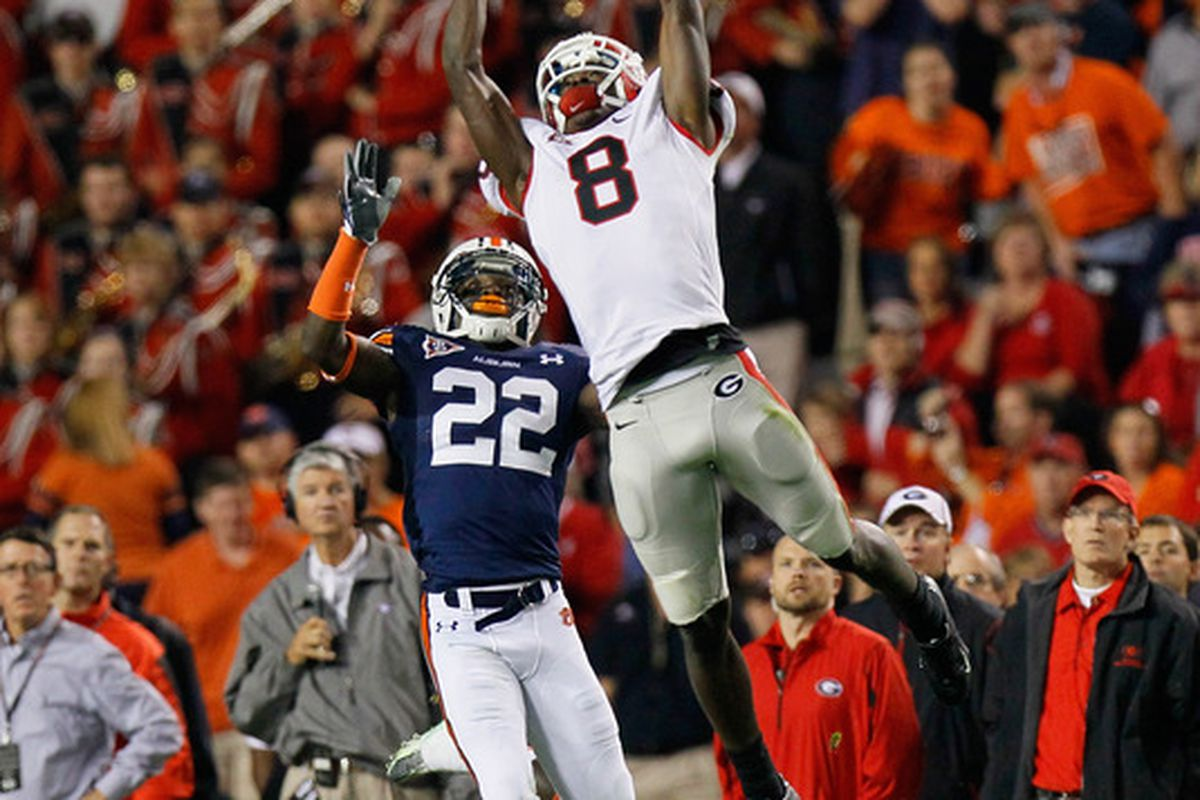 AUBURN AL - NOVEMBER 13:  A.J. Green #8 of the Georgia Bulldogs fails to pull in this reception against Richard Samuel #22 of the Auburn Tigers at Jordan-Hare Stadium on November 13 2010 in Auburn Alabama.  (Photo by Kevin C. Cox/Getty Images)