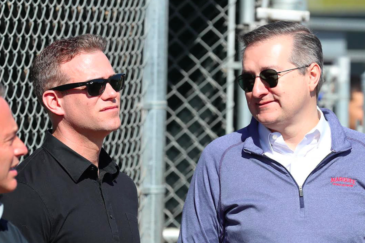 Cubs chairman Tom Ricketts (right) with team president Theo Epstein (and general manager Jed Hoyer, left).