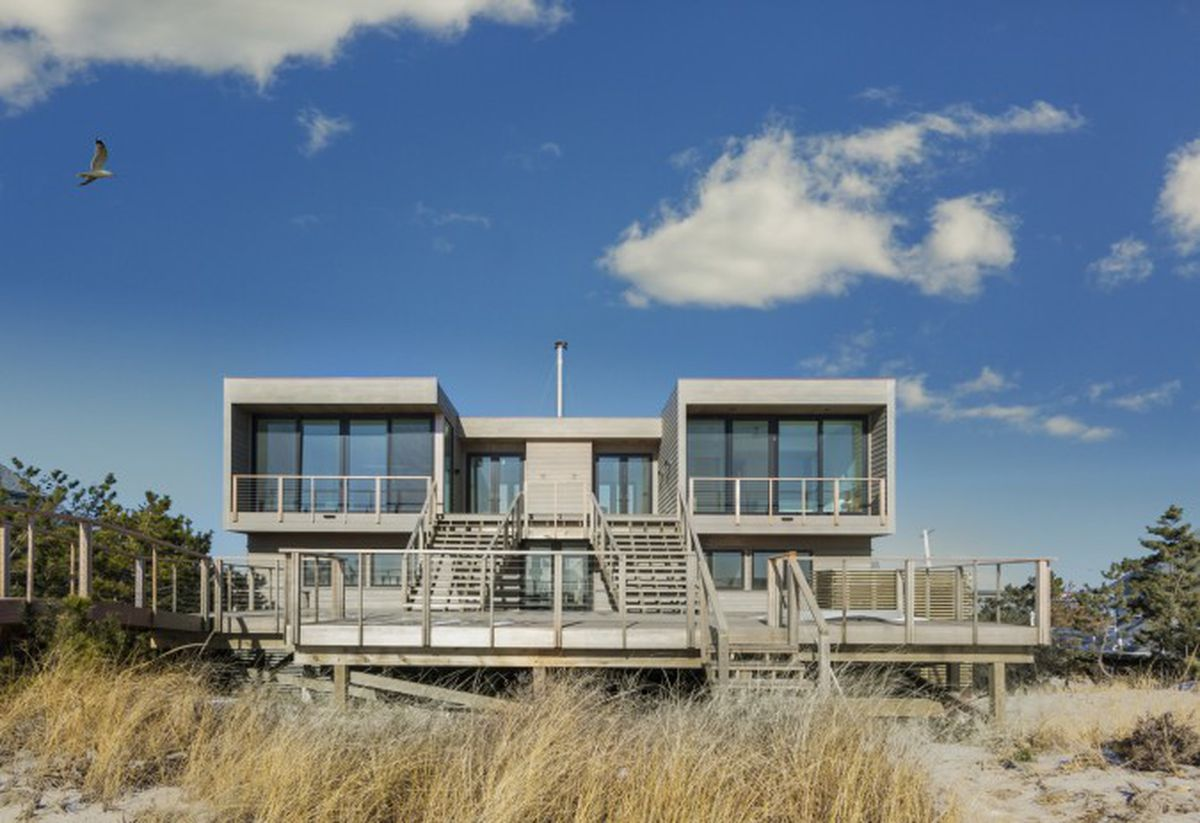 The famous double diamond house in westhampton beach is up for Hamptons beach house for sale