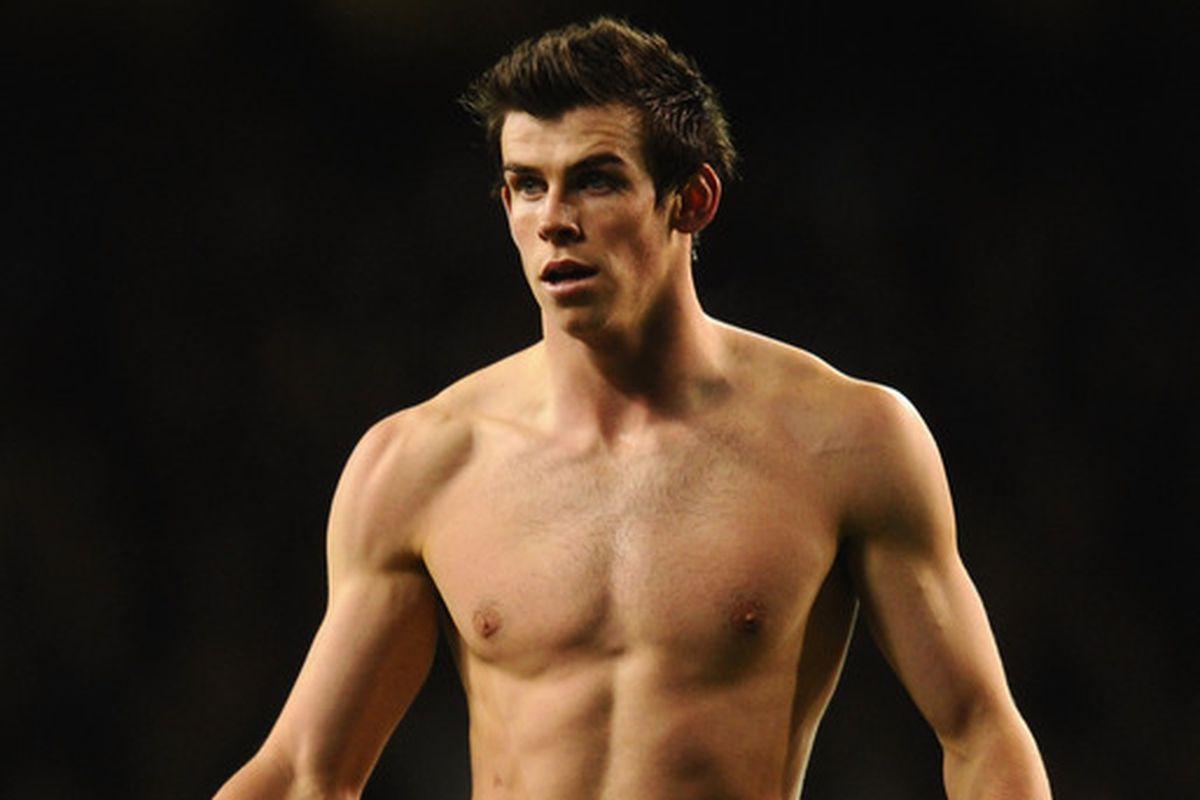Bale naked cock — img 8