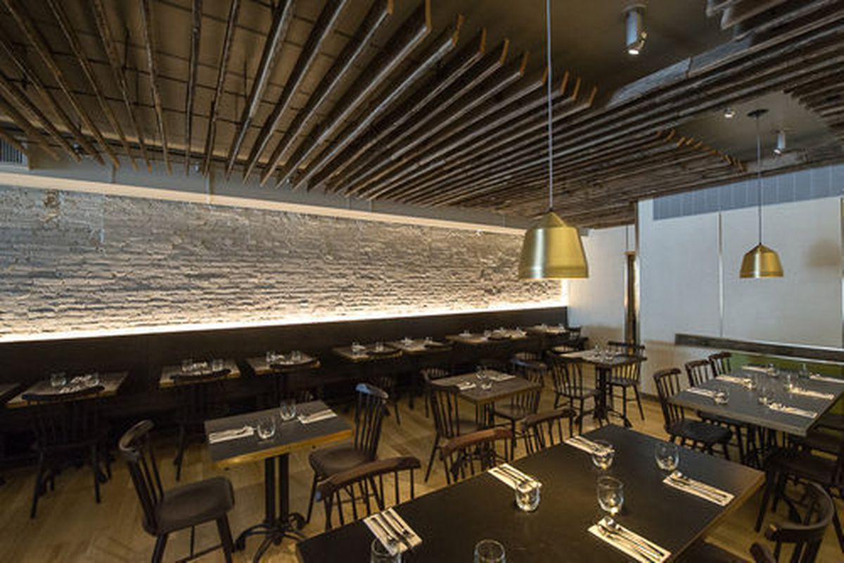 """<a href=""""http://ny.eater.com/archives/2013/04/alder_the_restaurant_that_everyone_is_talking_about.php"""">Eater Inside: Wylie Dufresne's Alder</a>"""