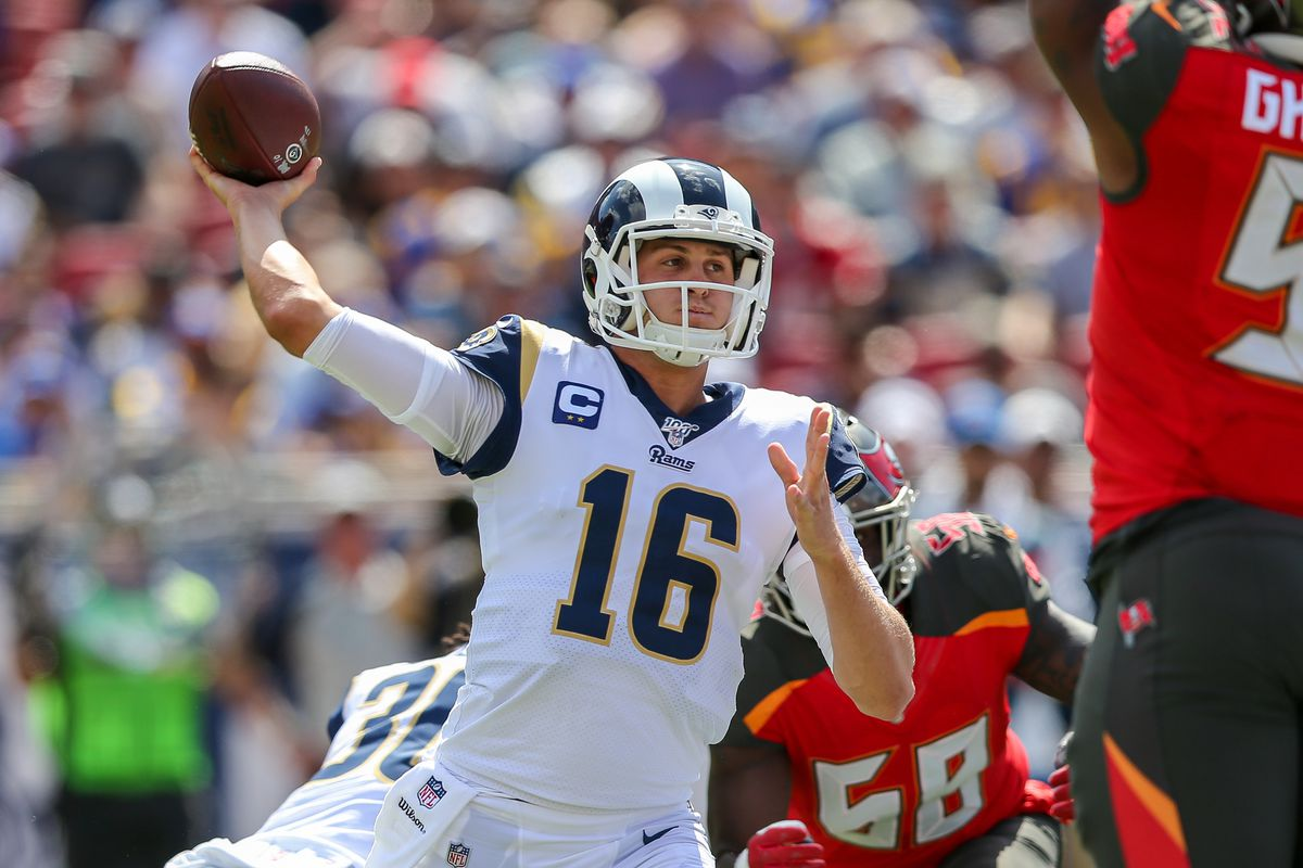NFL: SEP 29 Buccaneers at Rams