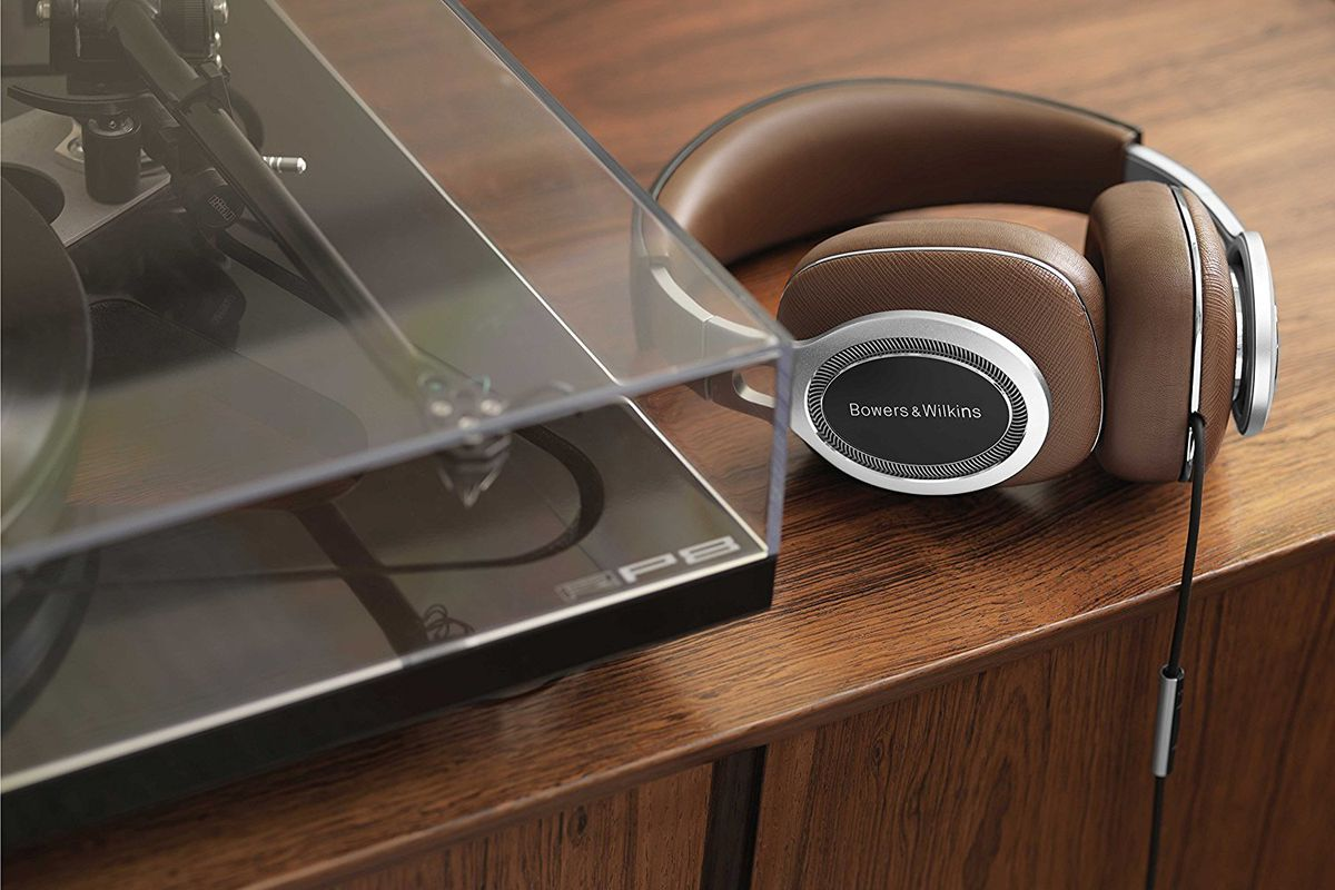 These Bowers  U0026 Wilkins Headphones Are  900  But The Lightning Cable Is Free