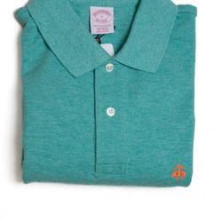 """<a href=""""http://www.brooksbrothers.com/IWCatProductPage.process?Merchant_Id=1&Section_Id=672&Parent_id=670&Product_Id=1503639&default_color=winter-green#"""" rel=""""nofollow"""">Winter Green Heather Golden Fleece Polo</a>, $65<br />"""