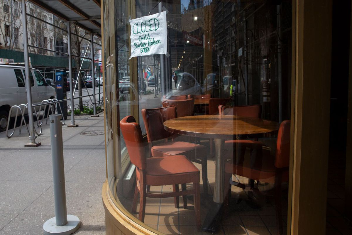 Junior's Restaurant and Bakery in Downtown Brooklyn was closed during the coronavirus outbreak, April 1, 2020.