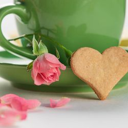 The first Queen of Hearts was Elizabeth of York, the beloved wife of Henry VII (Henry Tudor) whose marriage united the divided kingdom of Britain after the War of the Roses. A Valentine's Day tea party is a reminder that love conquers all.