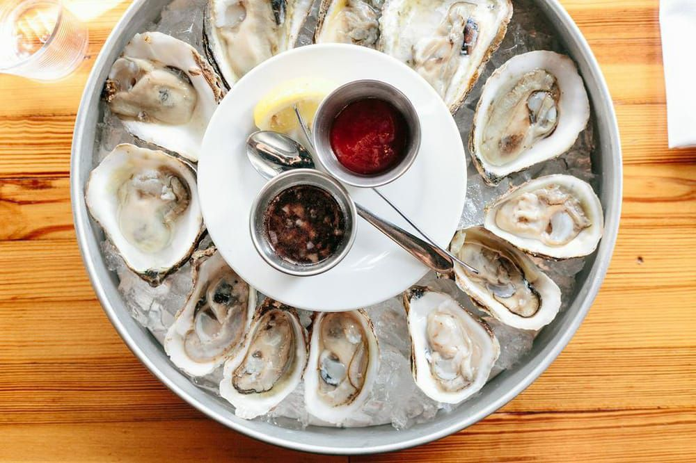 Foreign & Domestic's oysters
