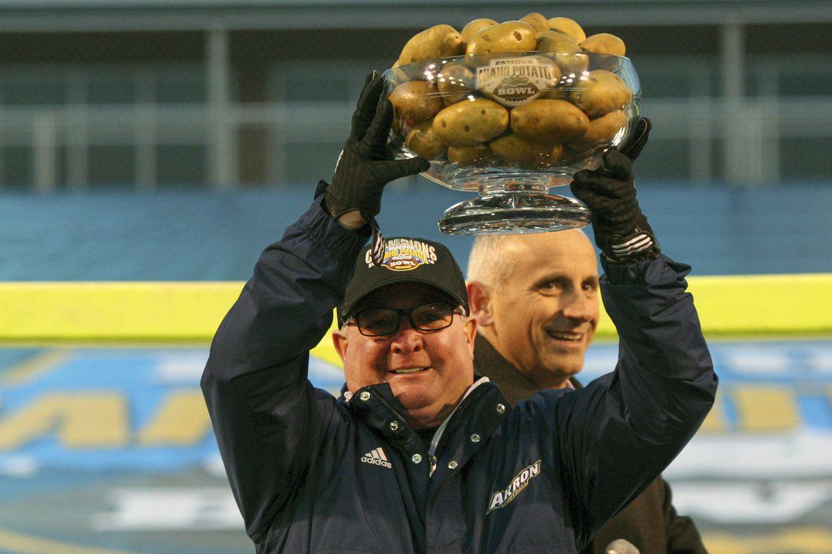 NCAA Football: Famous Idaho Potato Bowl-Akron vs Utah State