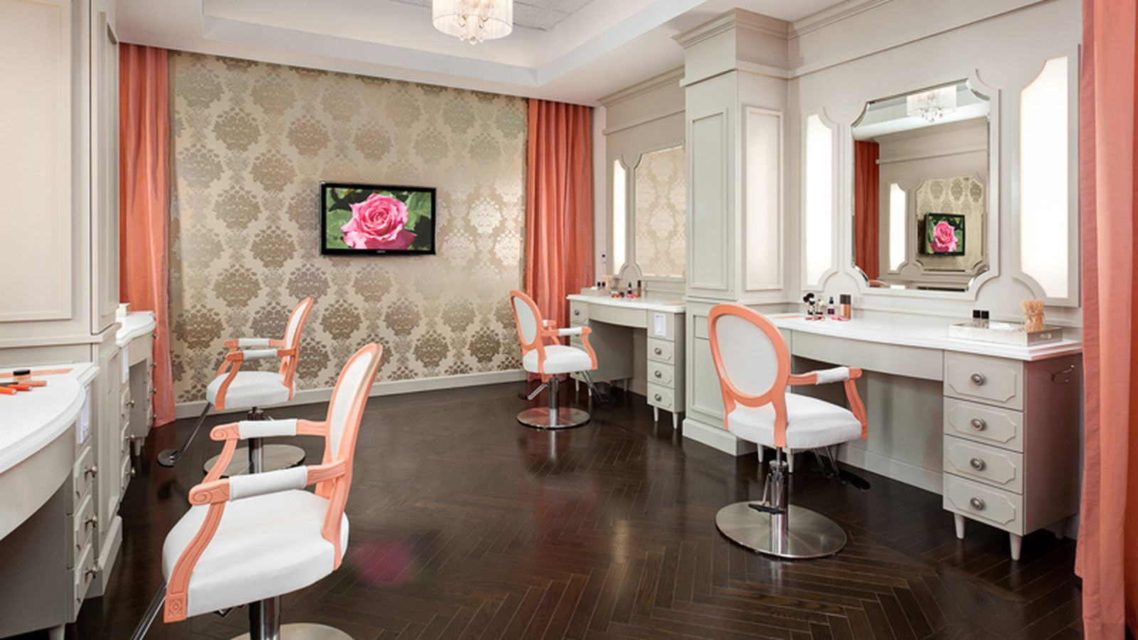 La 39 s 38 best beauty stores salons and spas for perfect - Interior hair salon lighting ideas ...