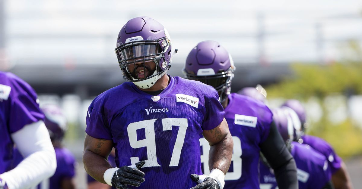 Report: Everson Griffen involved in incident at Vikings hotel on Saturday - Dail...