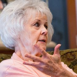 Linda Garfield, of Mona, discusses how she and her husband, Rex, were defrauded of their retirement savings by investment adviser Tom Andrews on Tuesday, Sept. 13, 2016.
