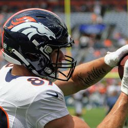 Broncos rookie TE Austin Fort completes a catch.