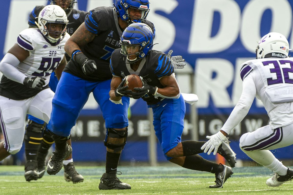 NCAA Football: Stephen F. Austin at Memphis