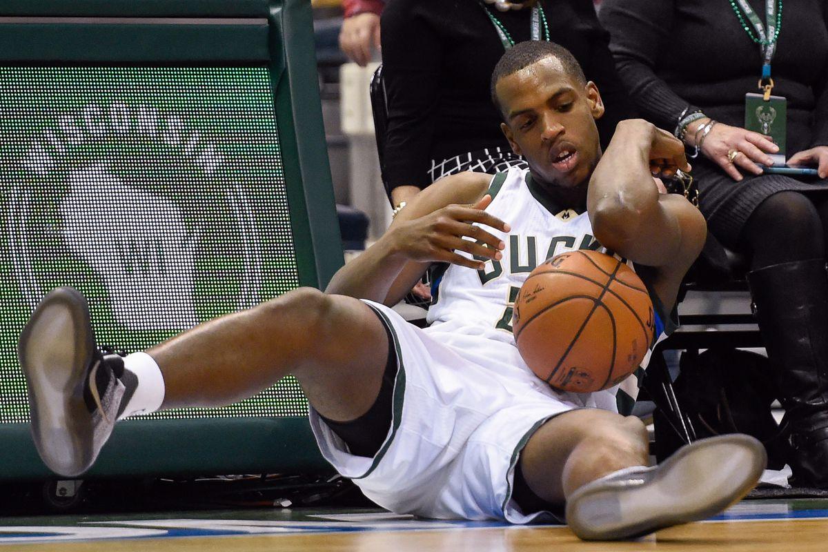 injury deals Bucks massive blow ...
