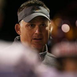 Loyola coach John Holocek talks to his players.  Allen Cunningham/For the Sun-Times.