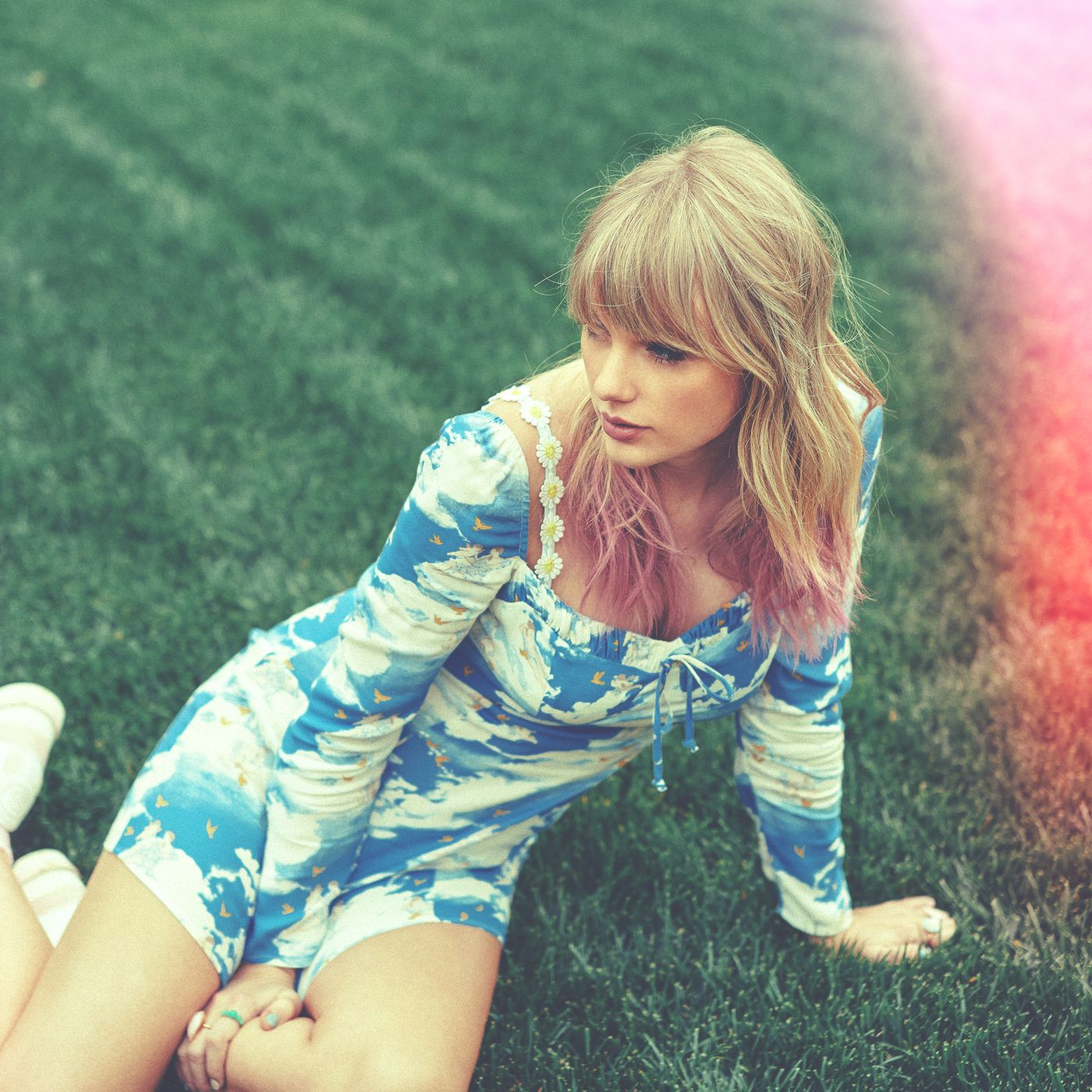 a8247c9c5af Taylor Swift s coundown ends with a new single