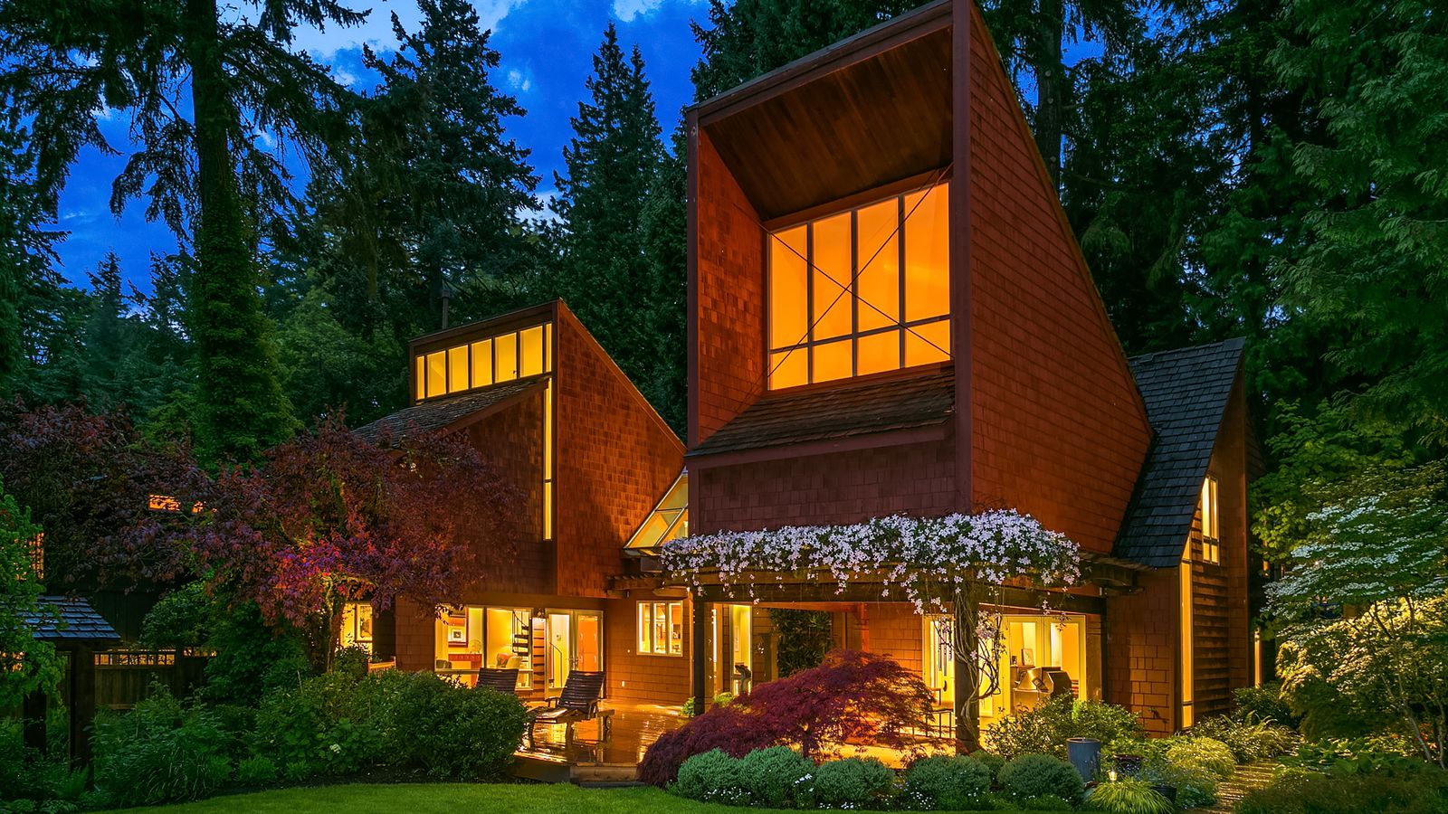 dramatic beaux arts contemporary lists just under 2m curbed seattle